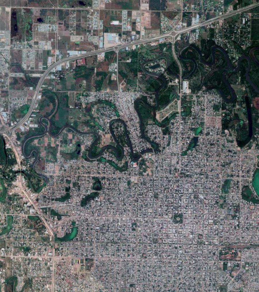 Valle-del-rio-negro-20-08-28-01